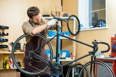Σέλα ποδηλάτων ρύθμισης Στοκ Εικόνες