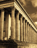 Σέπια-τονισμένη άποψη ενός Δημαρχείου Στοκ Εικόνες
