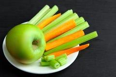 Σέλινο και Apple Στοκ εικόνα με δικαίωμα ελεύθερης χρήσης