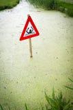Σήμα κινδύνου στο κανάλι Στοκ εικόνες με δικαίωμα ελεύθερης χρήσης