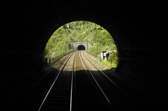 σήραγγα σιδηροδρόμων Στοκ φωτογραφία με δικαίωμα ελεύθερης χρήσης
