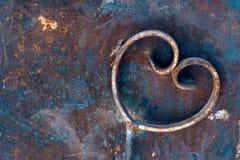 σίδηρος καρδιών σκουριασμένος Στοκ φωτογραφία με δικαίωμα ελεύθερης χρήσης