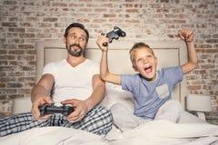 Σαββατοκύριακο εξόδων γονέα με το παιδί του Στοκ εικόνες με δικαίωμα ελεύθερης χρήσης