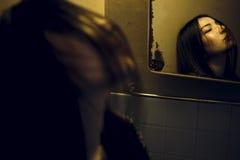 Σαγηνευτική προκλητική έννοια μόδας νεολαίας μόδας κοριτσιών εφήβων Στοκ Φωτογραφία