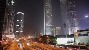 ΣΑΓΚΆΗ - 6 ΣΕΠΤΕΜΒΡΊΟΥ 2013: Οικονομική περιοχή της Σαγκάη Lujiazui και ποταμός Huangpu απόθεμα βίντεο