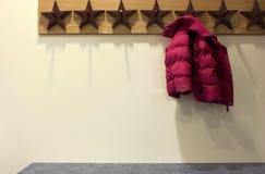 σακάκι το κόκκινο s παιδιών Στοκ φωτογραφία με δικαίωμα ελεύθερης χρήσης