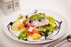 σαλάτα ελιών φέτας τυριών Στοκ φωτογραφία με δικαίωμα ελεύθερης χρήσης