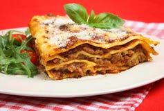 σαλάτα πυραύλων lasagna forno Al Στοκ Εικόνες