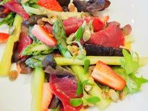 Σαλάτα σπαραγγιού και prosciutto Στοκ φωτογραφία με δικαίωμα ελεύθερης χρήσης