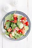 Σαλάτα φρούτων και λαχανικών στο πιάτο στοκ εικόνες με δικαίωμα ελεύθερης χρήσης