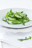 σαλάτα χορταριών αγγουριών Στοκ Φωτογραφίες