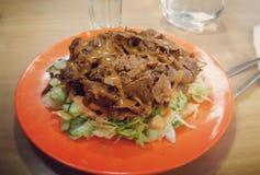 Σαλάτα Kebab για το γεύμα Στοκ Φωτογραφίες