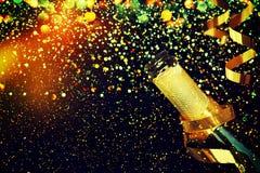 σαμπάνια μπουκαλιών καλή χρονιά Στοκ Εικόνες