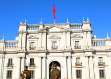 ΣΑΝΤΙΑΓΟ, ΧΙΛΗ - 15 ΙΟΥΝΊΟΥ: Παλάτι στο κέντρο της πόλης Σαντιάγο, Γ Λα Moneda στοκ φωτογραφίες με δικαίωμα ελεύθερης χρήσης