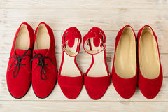 Σανδάλια παπουτσιών γυναικών ` s, επίπεδα μπαλέτου, κόκκινο χρώμα oxfords Στοκ φωτογραφία με δικαίωμα ελεύθερης χρήσης