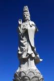 σαν ανασκόπησης μπλε άγαλμα ουρανού του Βούδα τεράστιο Στοκ εικόνα με δικαίωμα ελεύθερης χρήσης