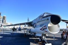 Σαν Ντιέγκο, Καλιφόρνια - ΗΠΑ - 04.2016 Δεκεμβρίου - αεροσκάφη 507 ευρισκόμενο στη μέση του δρόμου μουσείο USS Στοκ φωτογραφίες με δικαίωμα ελεύθερης χρήσης