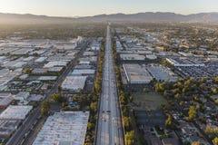Σαν Ντιέγκο 405 κεραία αυτοκινητόδρομων στο San Fernando Valley Στοκ Εικόνες