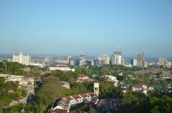 2015: Σαφής ορίζοντας να βουίξει την πόλη του Κεμπού Φιλιππίνες Στοκ φωτογραφία με δικαίωμα ελεύθερης χρήσης