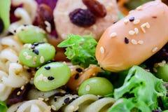 Σαλάτα κινηματογραφήσεων σε πρώτο πλάνο, τρόφιμα για υγιή Στοκ Εικόνες