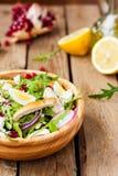 σαλάτα κοτόπουλου τυρ&iot Στοκ φωτογραφία με δικαίωμα ελεύθερης χρήσης