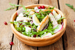 σαλάτα κοτόπουλου τυρ&iot Στοκ εικόνες με δικαίωμα ελεύθερης χρήσης