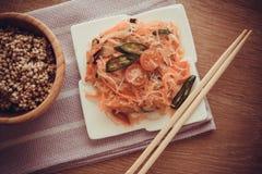 Σαλάτα της Κίνας - funchoza Στοκ Φωτογραφία