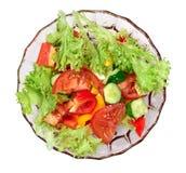 Σαλάτα φρέσκων λαχανικών που απομονώνεται Τοπ όψη Στοκ φωτογραφία με δικαίωμα ελεύθερης χρήσης