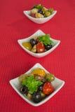 Σαλάτα Antipasti με τις ντομάτες και τις ελιές Στοκ φωτογραφίες με δικαίωμα ελεύθερης χρήσης