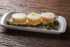 Σαλάτα Caprese με tangerine και το σπαράγγι Στοκ εικόνα με δικαίωμα ελεύθερης χρήσης