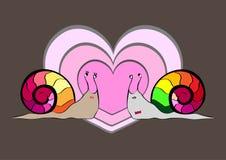 σαλιγκάρια δύο αγάπης Καρδιά στην ανασκόπηση Στοκ Εικόνες