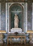 Σαλόνι της Αφροδίτης, μαρμάρινος τοίχος, μεγάλο άγαλμα στο παλάτι των Βερσαλλιών, Γαλλία Στοκ Εικόνα