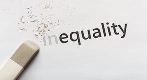 Σβήστε το μέρος στην ανισότητα λέξης στο άσπρο υπόβαθρο στοκ εικόνα