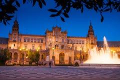 Σεβίλη, Ανδαλουσία, Ισπανία - Plaza της Ισπανίας στη Σεβίλη τή νύχτα Στοκ Φωτογραφίες