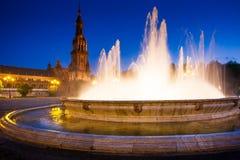 Σεβίλη, Ανδαλουσία, Ισπανία - Plaza της Ισπανίας στη Σεβίλη τή νύχτα Στοκ Εικόνες