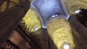 Σεβίλη, Ανδαλουσία, Ισπανία - 18 Απριλίου 2016: Κουδούνια καθεδρικών ναών της Σεβίλης του Giralda φιλμ μικρού μήκους