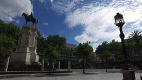 Σεβίλη, Ανδαλουσία, Ισπανία - 18 Απριλίου 2016: Plaza Nueva απόθεμα βίντεο
