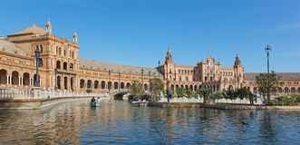 Σεβίλη - η Plaza de Espana πλατεία που σχεδιάζεται από AniÂbal Gonzalez (η δεκαετία του '20) στο Art Deco και το νεω-Mudejar ύφος Στοκ φωτογραφία με δικαίωμα ελεύθερης χρήσης