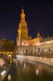 Σεβίλη - ο πύργος Plaza de Espana της πλατείας που σχεδιάζεται από AniÂbal Gonzalez (η δεκαετία του '20) στο Art Deco και το νεω- Στοκ εικόνα με δικαίωμα ελεύθερης χρήσης