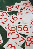 Σειρά αριθμών που χρωματίζεται στον πράσινο τοίχο Στοκ εικόνα με δικαίωμα ελεύθερης χρήσης