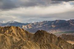 Σειρά βουνών σε Leh Ladakh Στοκ Εικόνες