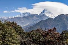 Σειρά βουνών Annapurna στο Νεπάλ Στοκ Φωτογραφία