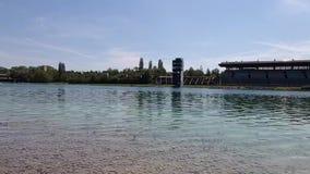 Σειρά μαθημάτων Regatta με τη βάρκα δράκων στο νερό σε Oberschleissheim και το Μόναχο Ολυμπιακή πορεία παιχνιδιών του 1972, Βαυαρ φιλμ μικρού μήκους