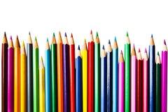 Σειρά μολυβιών χρώματος στο άσπρο υπόβαθρο  εξοπλισμός εκπαίδευσης Στοκ Εικόνες