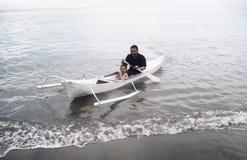 Σειρά υπόλοιπου κόσμου η βάρκα στοκ εικόνα
