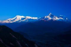 Σειρά Dawn Peaks βουνών Himalayan Annapurna Στοκ εικόνες με δικαίωμα ελεύθερης χρήσης