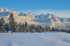 Σειρά Fairmont το χειμώνα στο ηλιοβασίλεμα Στοκ Εικόνες