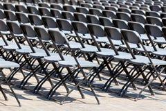 Σειρές καθισμάτων εξεδρών επισήμων υπαίθρια Στοκ Φωτογραφίες