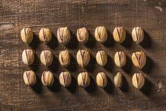 Σειρές των καρυδιών φυστικιών Στοκ εικόνες με δικαίωμα ελεύθερης χρήσης