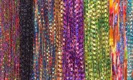 Σειρές υφάσματος υποβάθρου που δημιουργούν τα μαντίλι, πολλαπλάσια χρώματα Στοκ εικόνα με δικαίωμα ελεύθερης χρήσης